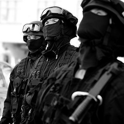 Accessoires à la tenue pour gendarmes